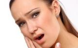 Болит челюсть справа, что делать?