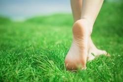 Болят ступни ног: что нужно делать?