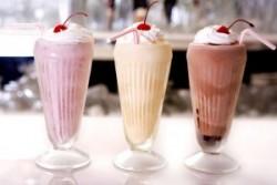 Молочные коктейли очень вредны для здоровья!